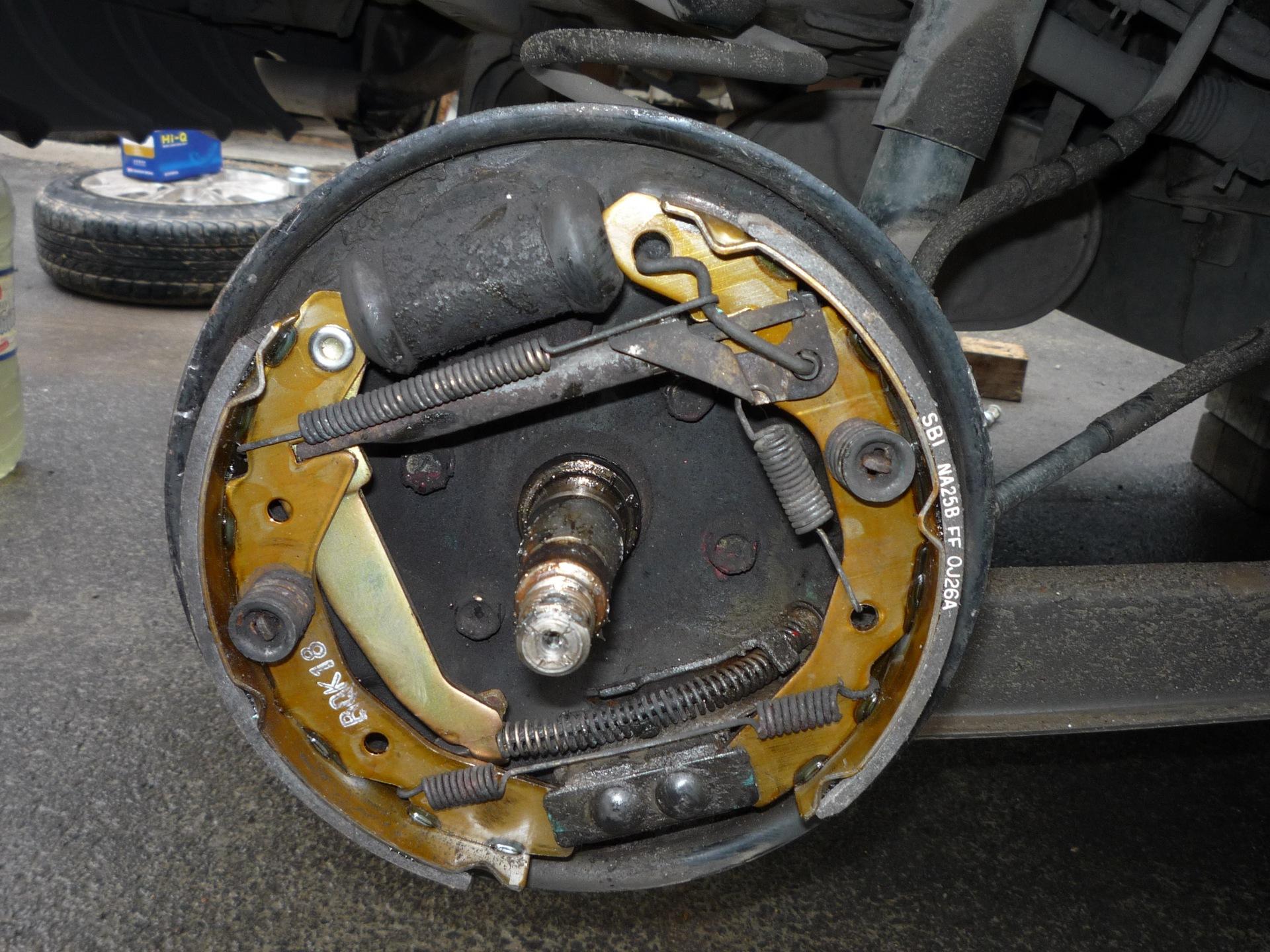 Меняем задние и передние тормозные колодки на Daewoo Matiz самостоятельно