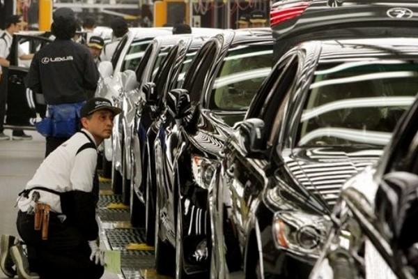 Авто-новости: Есть ли будущее у российского автопрома?