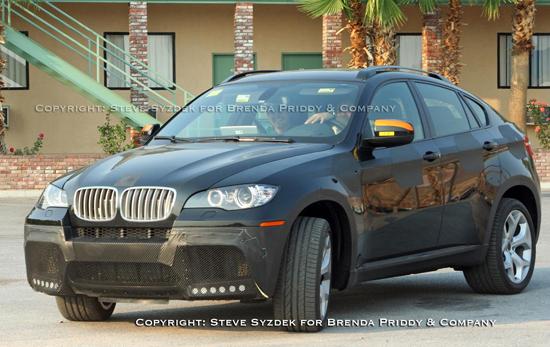"""Авто-новости: Версия BMW X6 """"заряжается"""" в Калифорнии"""