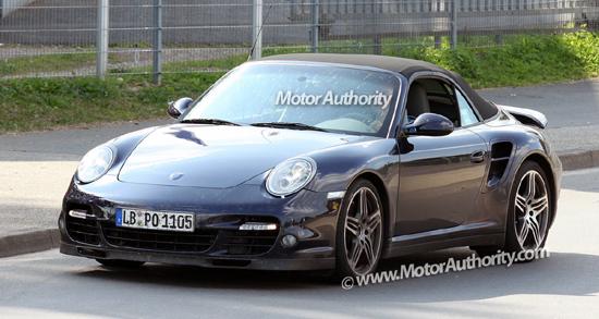 """Авто-новости: """"Шпионские"""" снимки Porsche 911 Turbo Cabrio"""