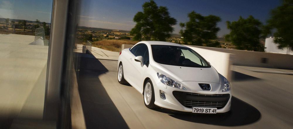 Авто-новости: Новые снимки Peugeot 308 СС
