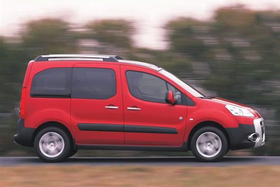 """Авто-новости: Peugeot Partner Tepee: """"сундучок"""" на колесах"""