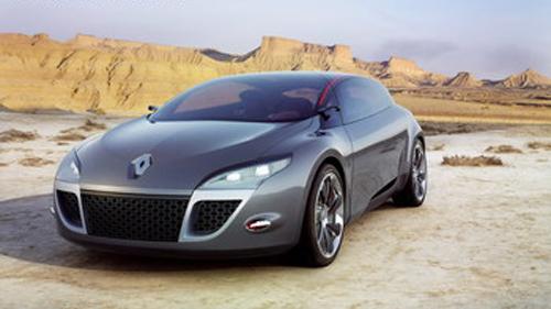"""Авто-новости: Renault Megane III предстал перед фотографами в """"неглиже"""""""