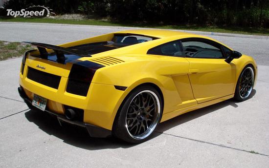Авто-новости: Lamborghini Gallardo в погоне за Bugatti Veyron