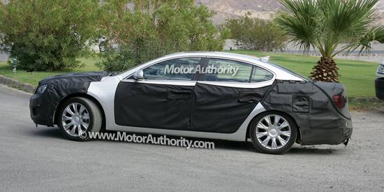 Авто-новости: Kia испытывает новый седан