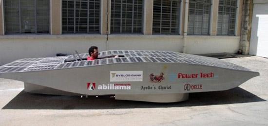 """Это интересно: Араб создал самый быстрый """"солнцемобиль"""" на планете"""