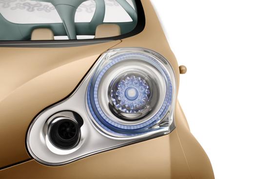 Авто-выставки: Париж-2008: Nissan Nuvu - руководство к действию