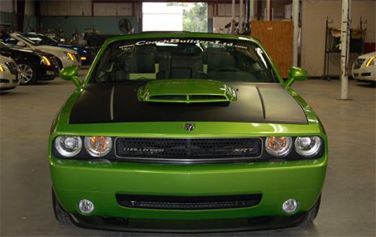 Авто-новости: С Dodge Challenger SRT8 сорвали верх