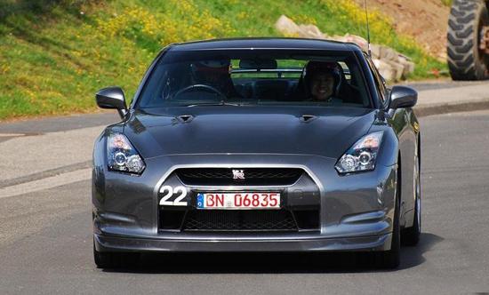 Авто-новости: Фото Nissan GT-R Nismo V-spec