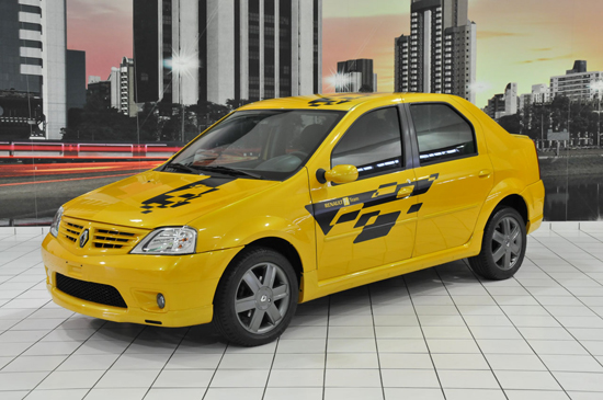 """Авто-новости: Renault """"зарядил"""" Logan и Sandero"""