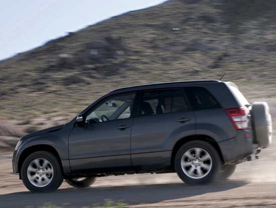 Авто-новости: Suzuki Grand Vitara гоняли дюжинами