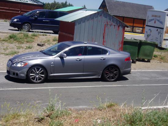 Авто-новинки: Финальные фотосессии Jaguar XF-R