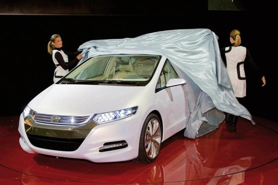 Премьера Honda Insight пройдет в намеченные сроки