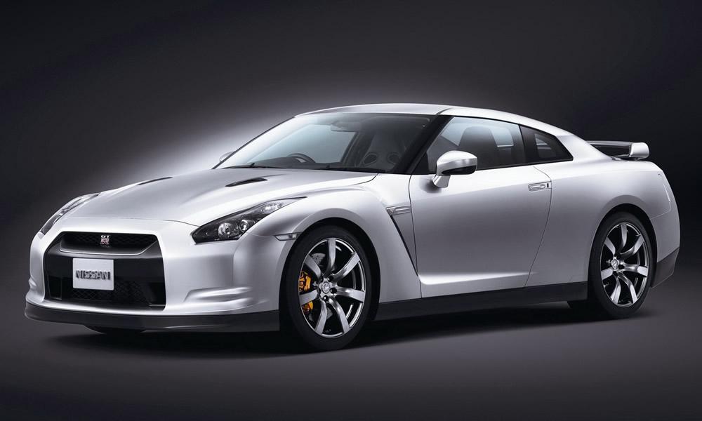 Nissan GT-R 2009 откроет Старый Свет