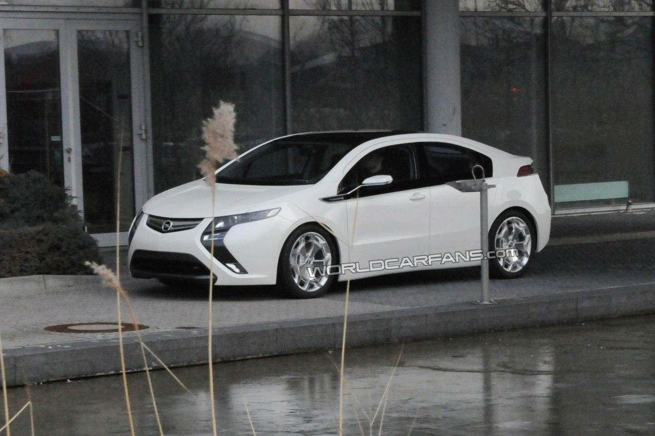Opel Ampera  в кадре