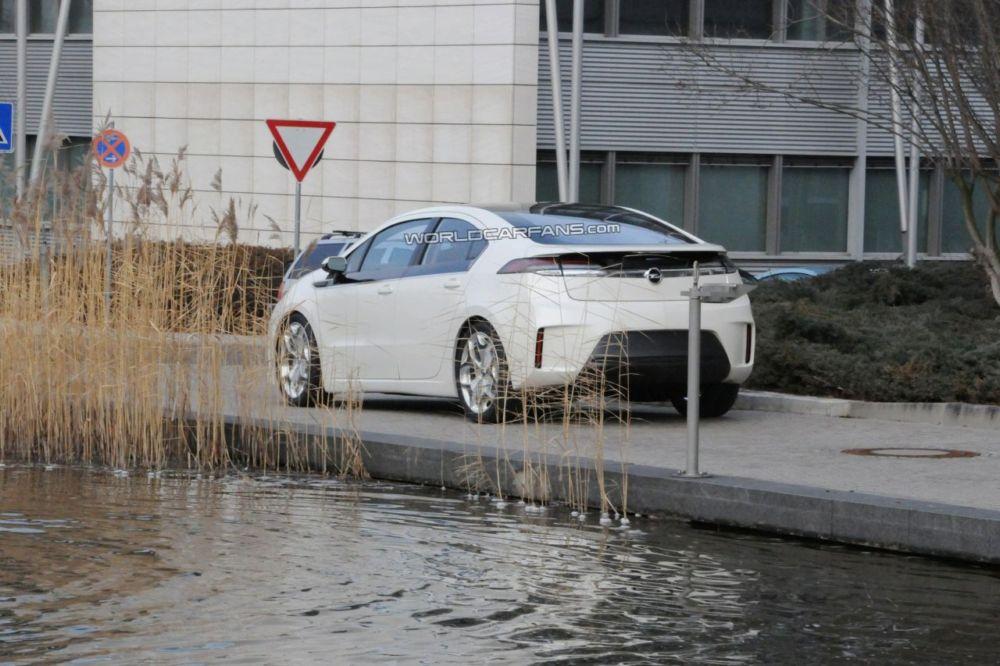 `Opel