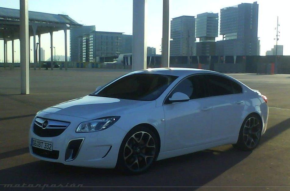 Opel Insignia OPC: магические три буквы