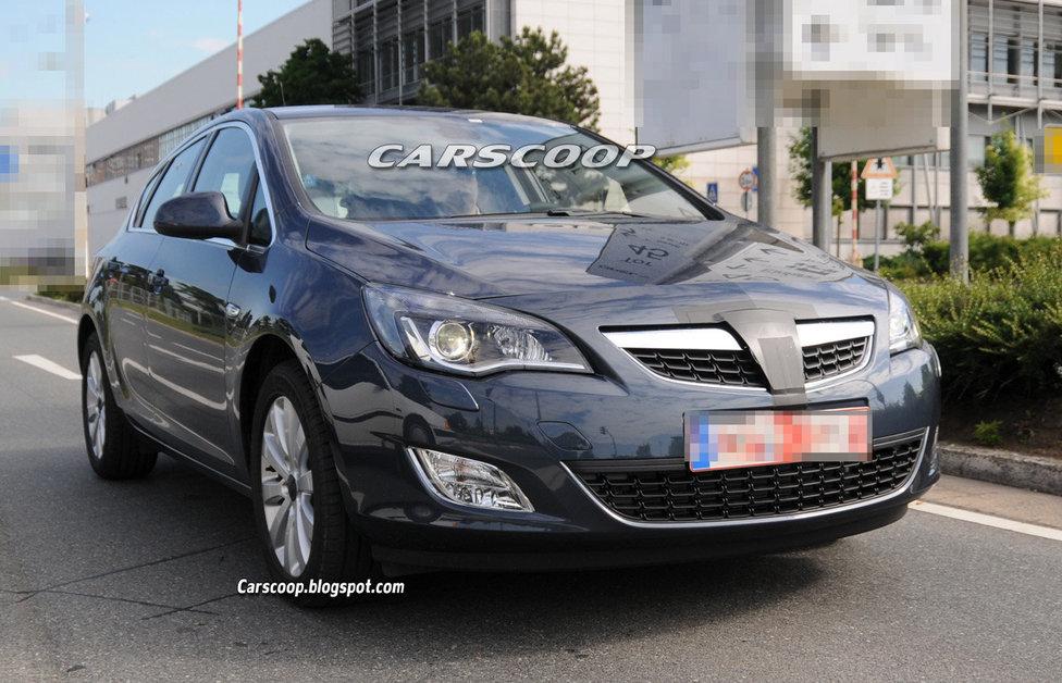 Opel Astra без эмблем