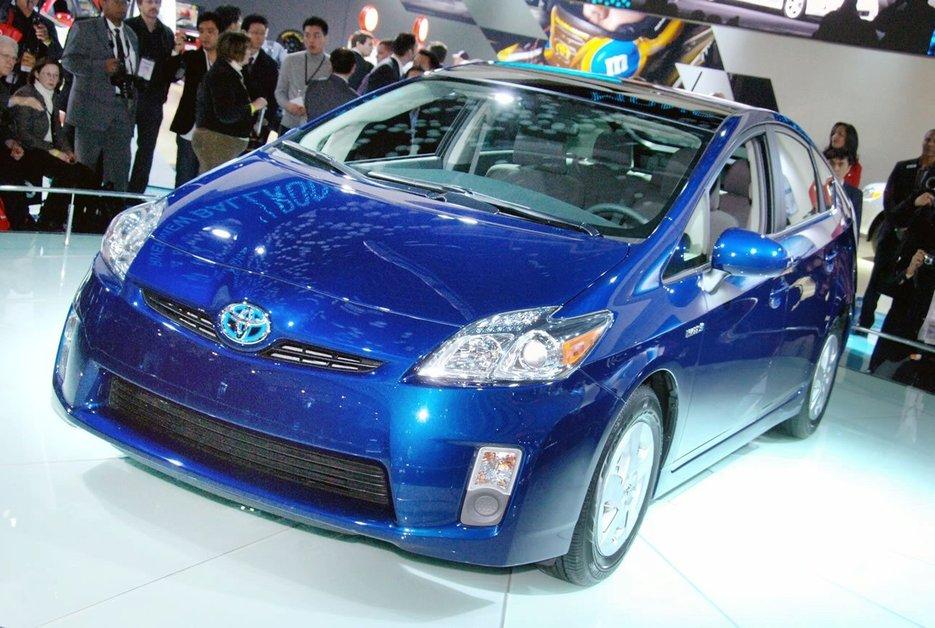 Мировой автопром ждет революция гибритов