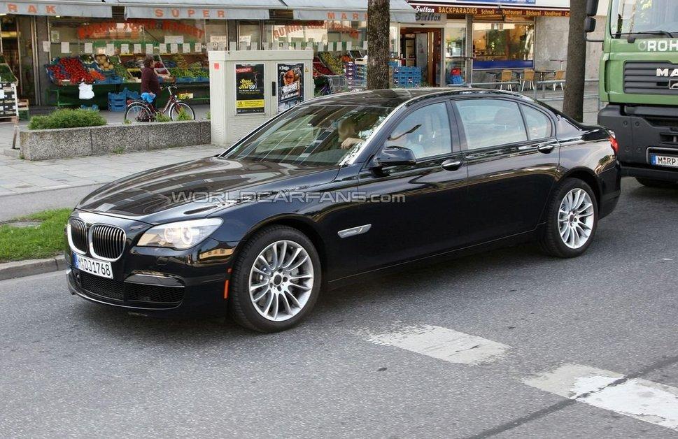 BMW M7: M-модификации