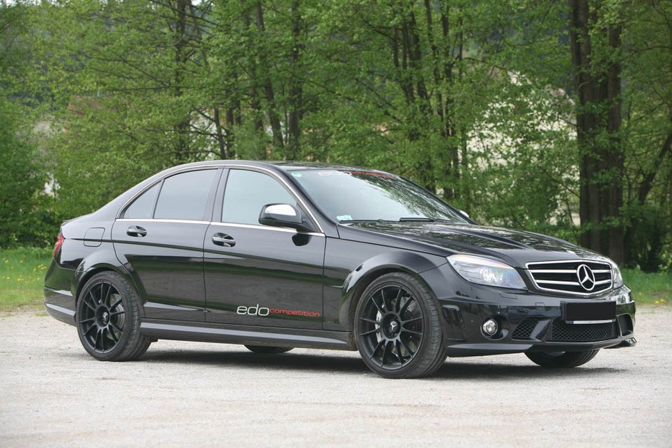 Mercedes-Benz C63 AMG От тюнинг-ателье Edo Competition