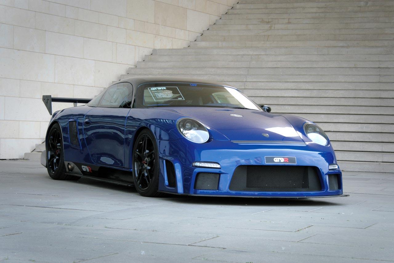 Суперкар Porsche 911 9ff GT9-R