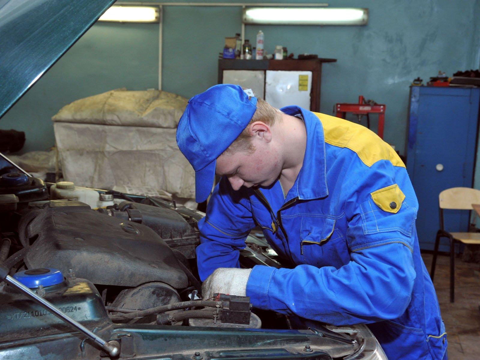 Заработок на выполнении ремонта автомобилей с выездом