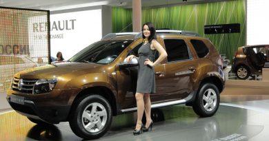 На что девушка должна обратить внимание при покупке автомобиля